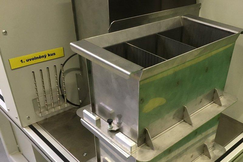 Zakládací přípravek z nerez oceli